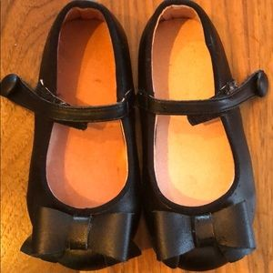Black Mary Janes toddler size 5